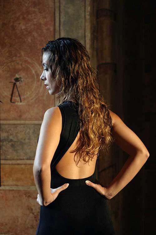 Alicia Mabel Vaccarini di spalle